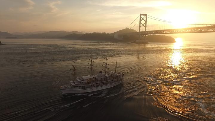 渦潮とサンセットを楽しむ船旅<br>~淡路島・うずしおクルーズ~